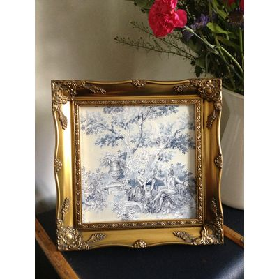 gold ornate picture frame 10x10