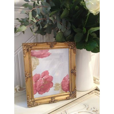 detailed gold picture frame 8x10