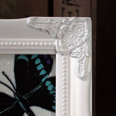 detailed white picture frame 4x4